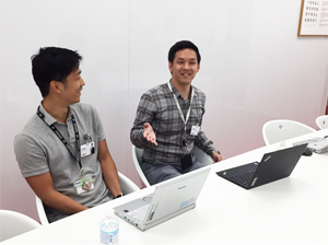 土井さん(右)と山崎さん(左)
